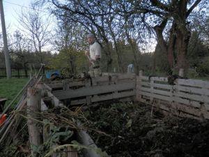 Přeházení kompostu